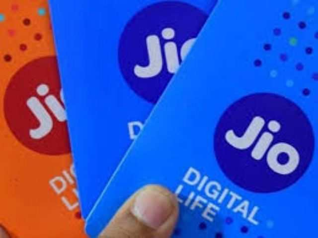 Reliance Jio revises Rs 149 plan, offers 300 minutes IUC call time