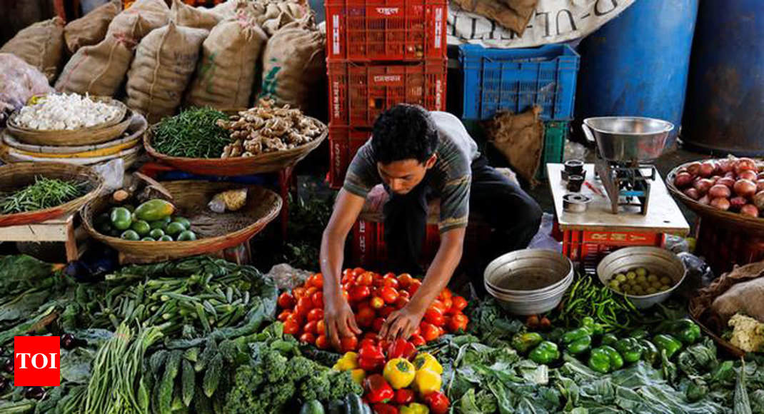 Retail inflation spikes to 4.62% in Oct from 3.99% thumbnail