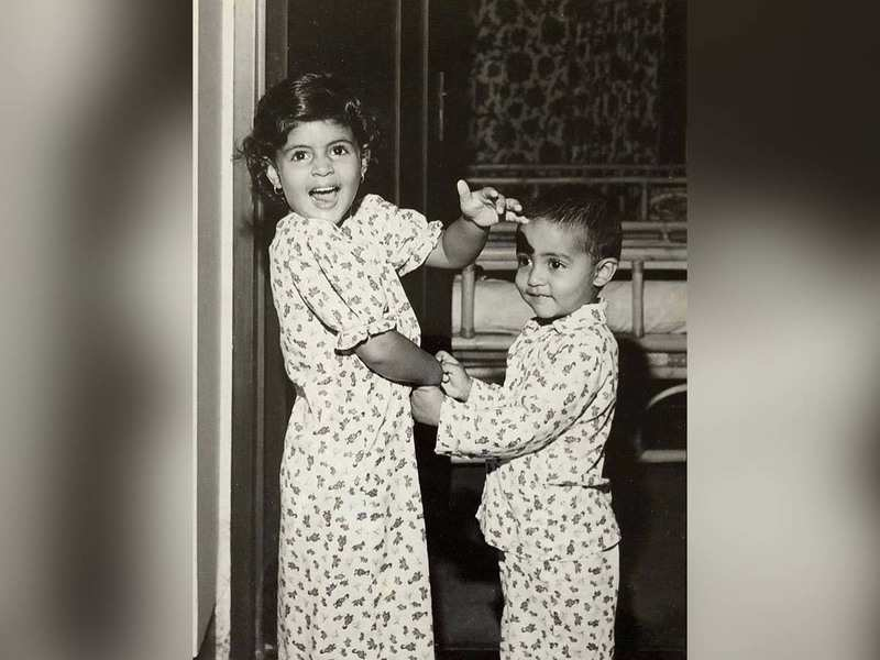 We are sure this childhood picture of Abhishek Bachchan shared by ...