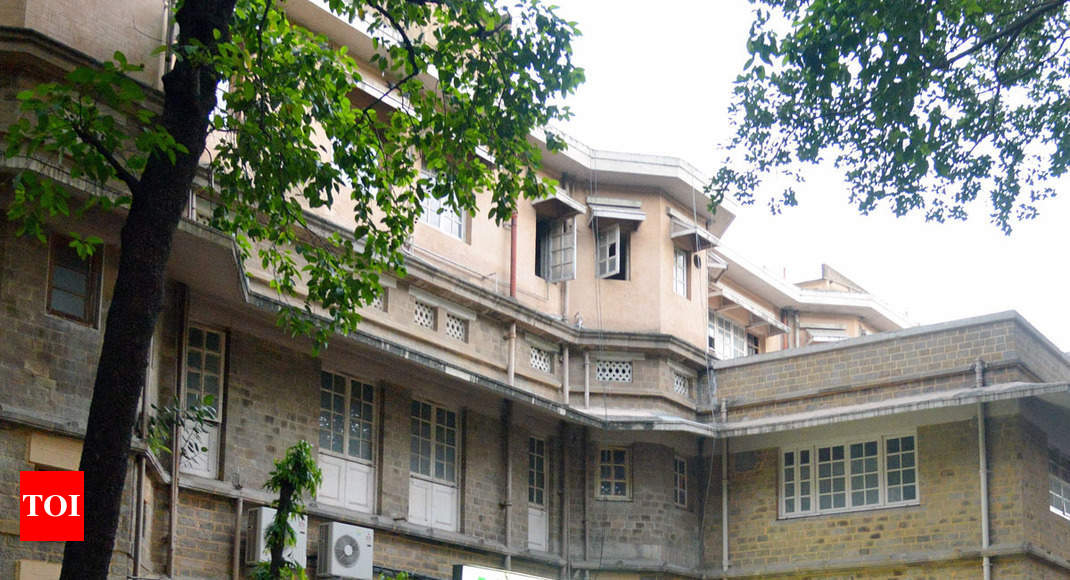 KEM Hospital case: CEOs, health cover planned at BMC hosps - Times of India