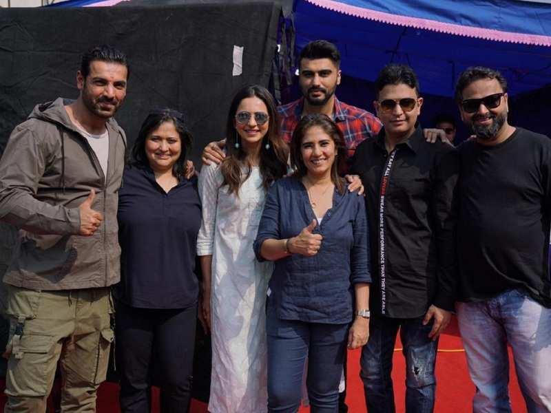 Arjun Kapoor and Rakul Preet start shooting for their untitled film