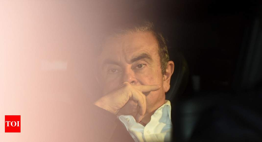 One year after arrest, Nissan boss Carlos Ghosn seeks to throw out case against him