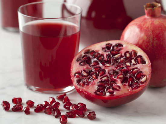 All the good health benefits that pomegranate juice brings to you