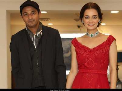 Calm down guys, Dia Mirza is not engaged!