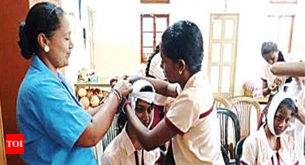 Red Cross plans drive to enrol more young members - Times of India