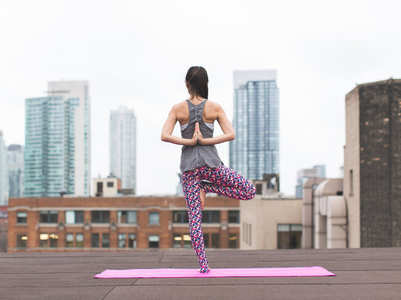 6 easy yoga poses that will help to improve your flexibility