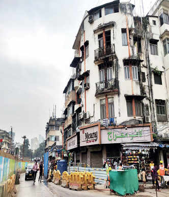 Another building in Mahim tilts due to Metro construction