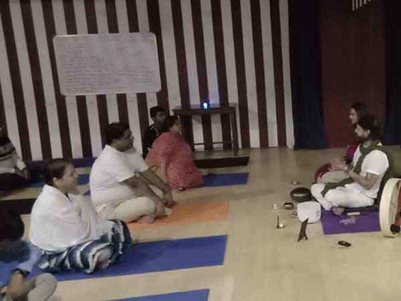 Mumbaikars take part in the meditation event