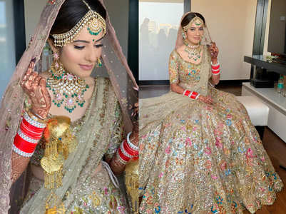 We're in love with this bride's golden colourful lehenga