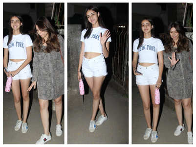 Ananya Panday snapped with mother Bhavana