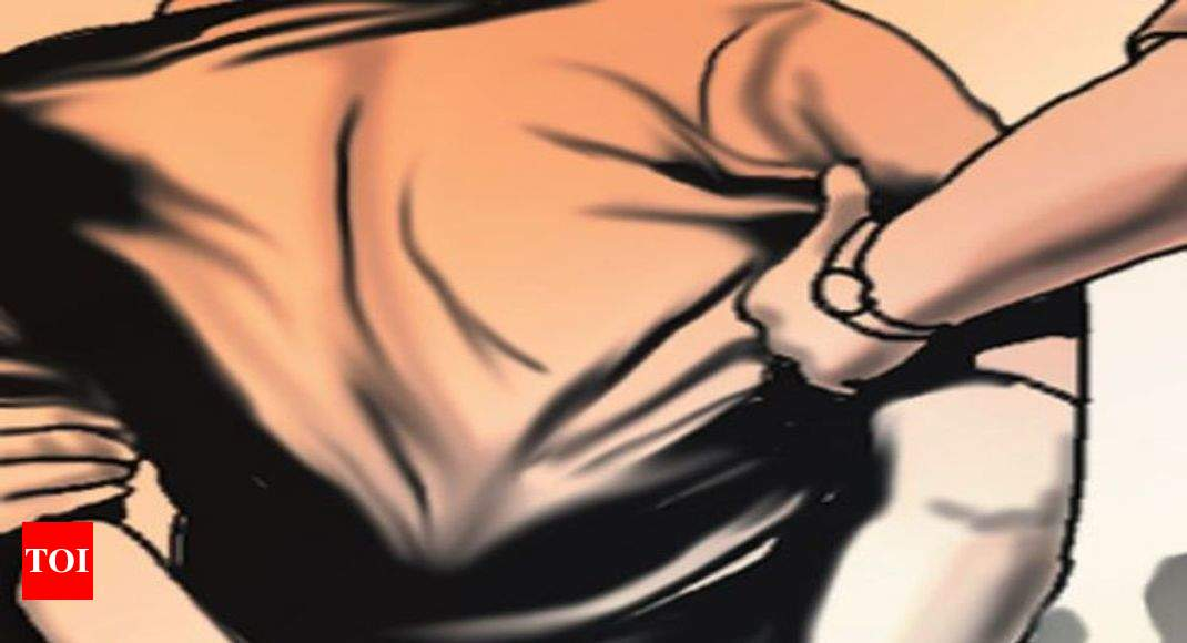 Surat: Teenage boy arrested for molesting minor