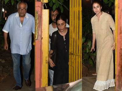 Shabana's mother passes away: Celebs arrive