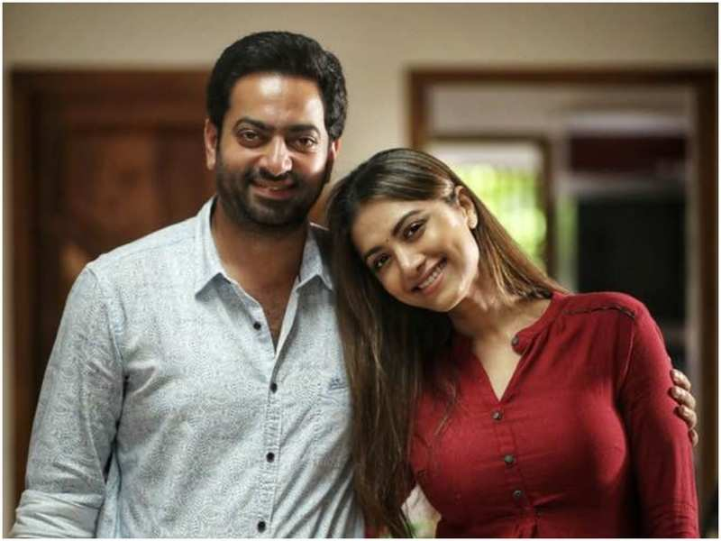 When Mamta Mohandas Met Her First On Screen Hero Saiju Kurup Malayalam Movie News Times Of India