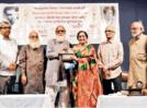 Marathi actress Asha Kale receives Bhalji Award