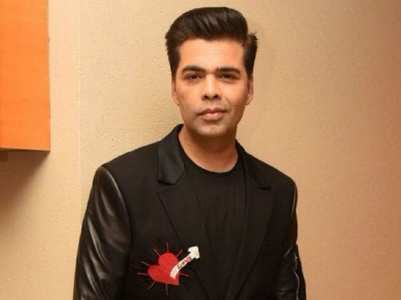 Video: Fans crowd Karan Johar for a selfie