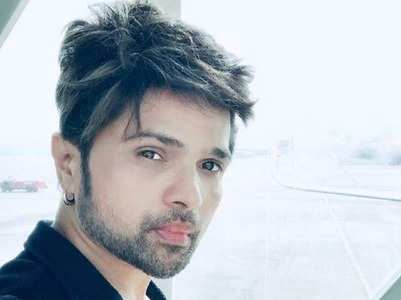 Himesh signs Indian Idol contestant for a song