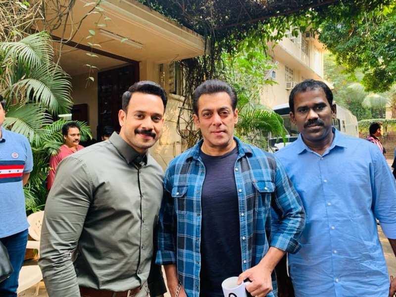 Bharath meets Salman Khan and Prabhu Deva