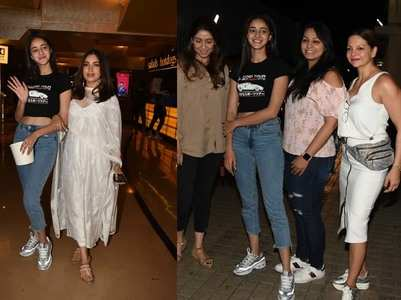 Photos: Ananya - Bhumi visit a cinema hall