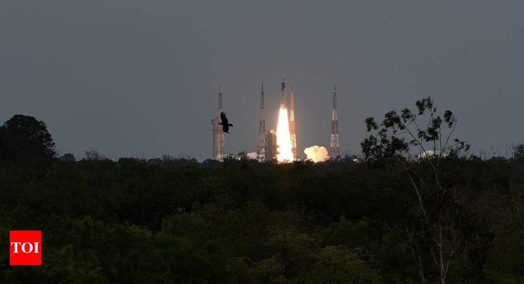 Isro seeks 75 crore more from Centre for Chandrayaan-3 - Times of India thumbnail