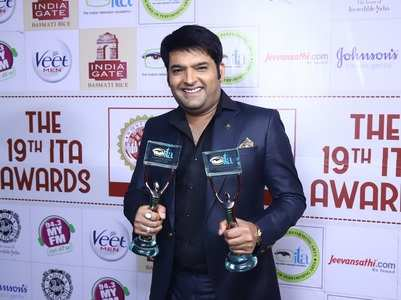 Kapil receives 'Comic Genius' award