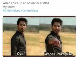 THESE Bollywood memes on hiked onion prices is sure to crack you up!