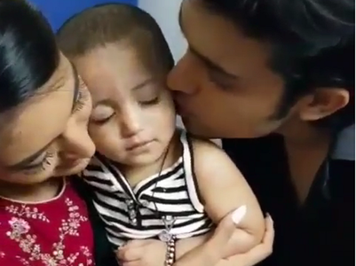 Parth gives 'fishy kisses' to niece