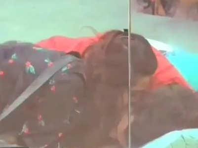 BB: Madhurima kisses ex Vishal Aditya Singh