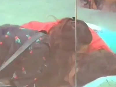 Madhurima kisses ex Vishal Aditya Singh