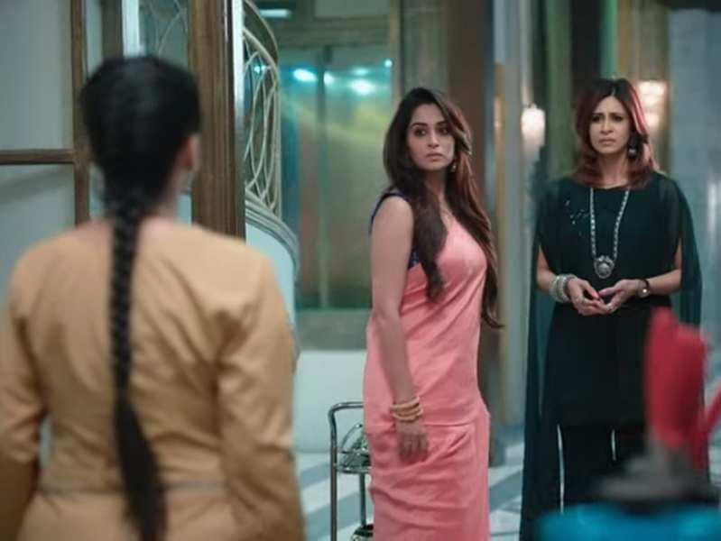 Kahaan Hum Kahaan Tum update, December 9: Nishi blames Sonakshi for Pooja's condition