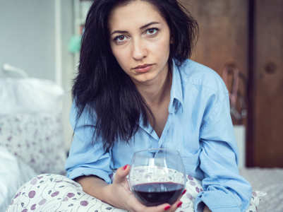 Alcohol during periods: Is it good or bad?