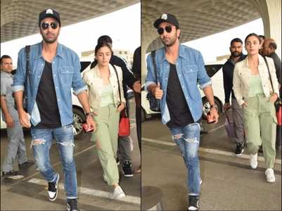 Pics: Alia-Ranbir papped at the airport