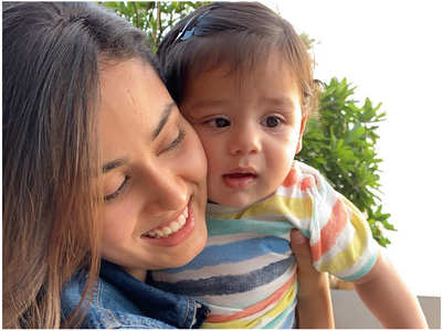 Mira and Zain Kapoor's adorable pic