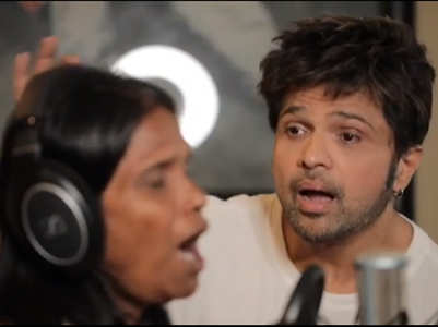 Himesh reacts to Ranu's selfie episode