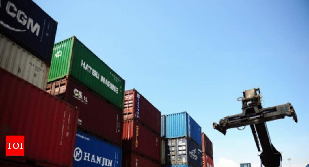 Exports contract for fourth straight month in Nov