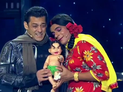 Gutthi-Salman's honeymoon video is funny