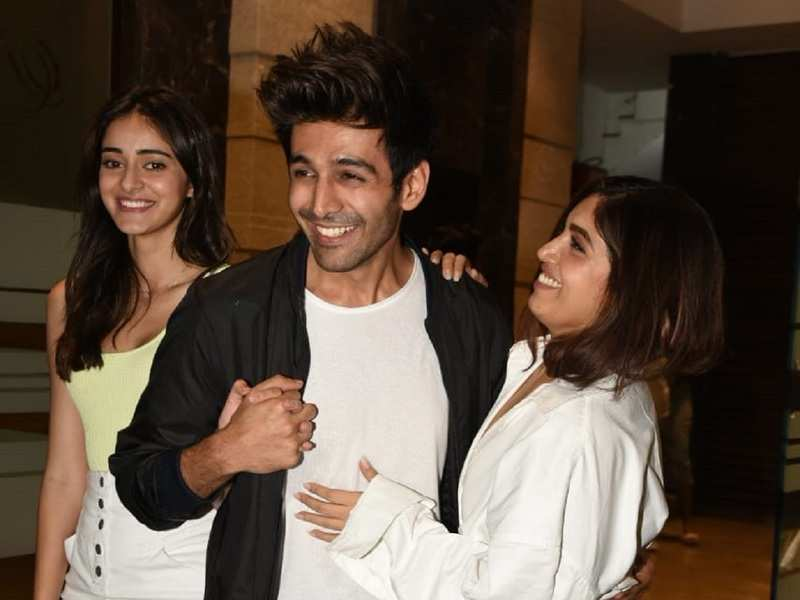 Photos: Kartik Aaryan, Ananya Panday and Bhumi Pednekar spend their Saturday night partying hard together