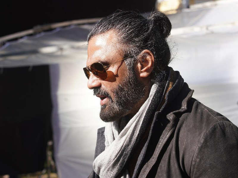 Exclusive! Suniel Shetty on his man bun for 'Darbar': I am one of the few heroes with hair left on my head!