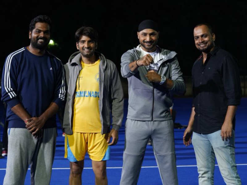 Harbhajan Singh begins shooting for 'Dikkiloona'