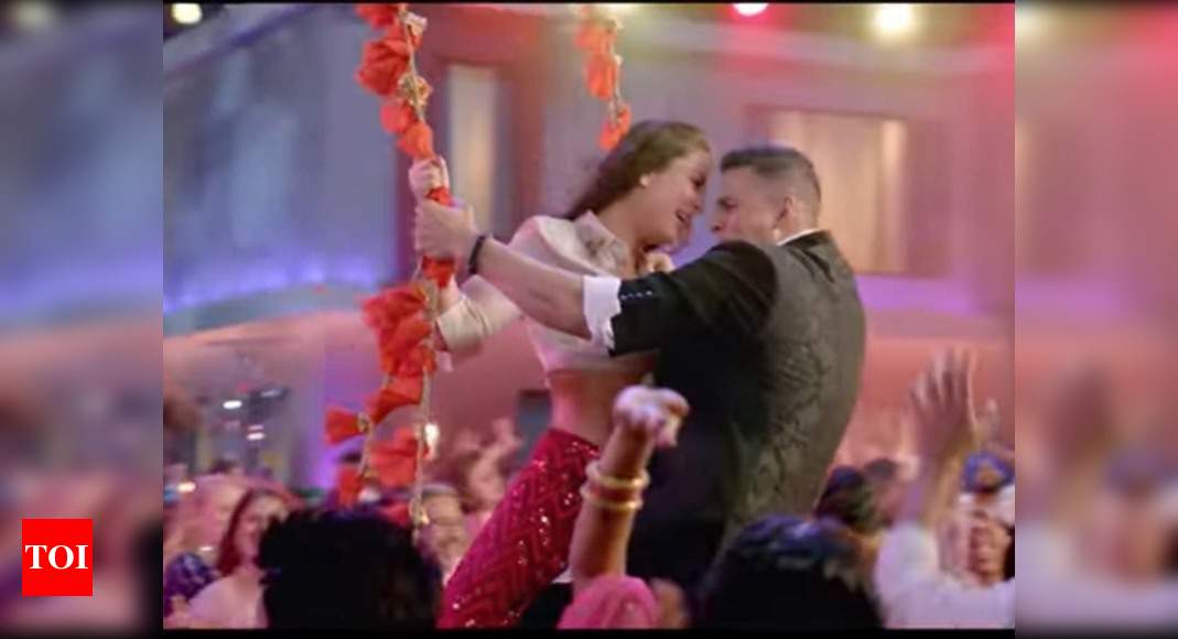 'Good Newwz' song 'Laal Ghagra': This song featuring ...