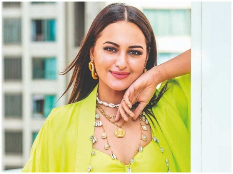 Sonakshi Sinha says that competition doesn't rattle her