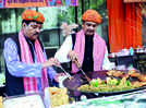 Men who know what's cooking in Kanpur