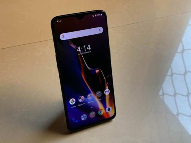 OnePlus 6, 6T get third Android 10 update