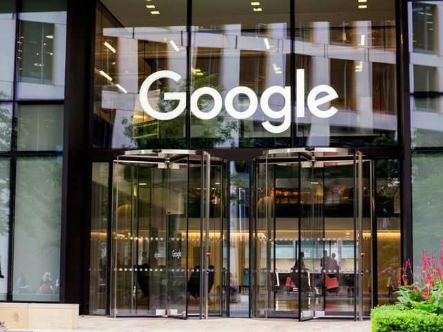 Top ex-official slams Google over human rights, China project