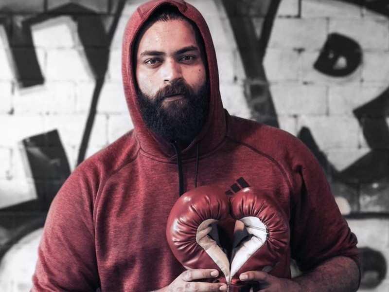 Varun Tej prepping up for #VT10 based on boxing