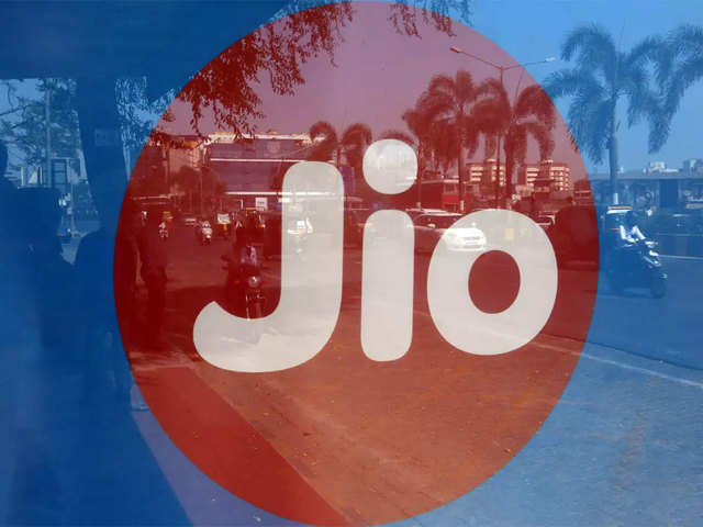 Reliance Jio's data traffic share goes below 60% for first time in September 19: Report