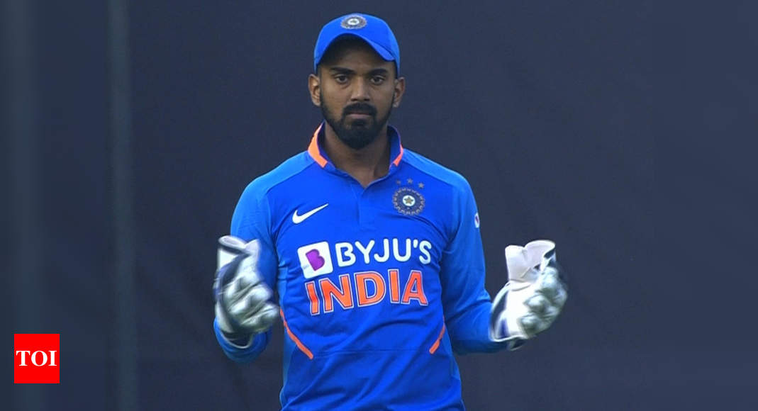1st ODI: Pant suffers concussion, Rahul keeps wickets in his place