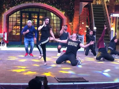 TKSS: Sumona's sizzling dance moves, watch