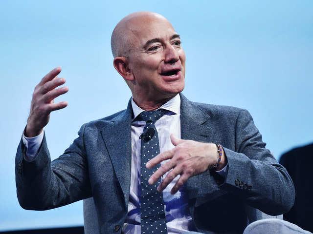 Amazon to invest $1 billion in digitising Indian SMBs: Jeff Bezos