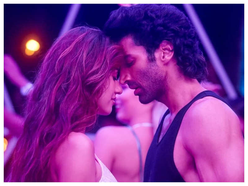 Malang New Song The Romantic Title Track Of The Disha Patani And Aditya Roy Kapur Starrer Will Make You Fall In Love Hindi Movie News Times Of India