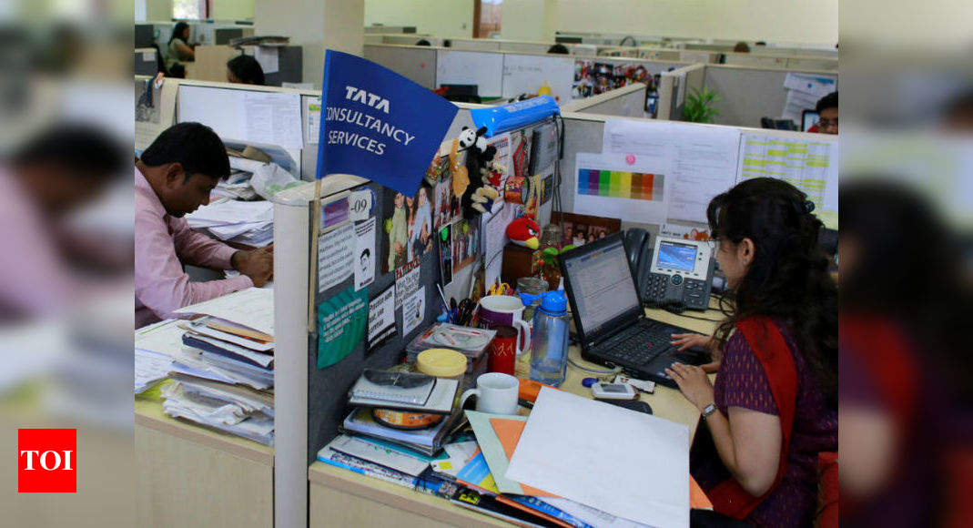 TCS reports net profit of Rs 8,118 crore in Q3